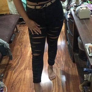 F21 Major Ripped Jeans